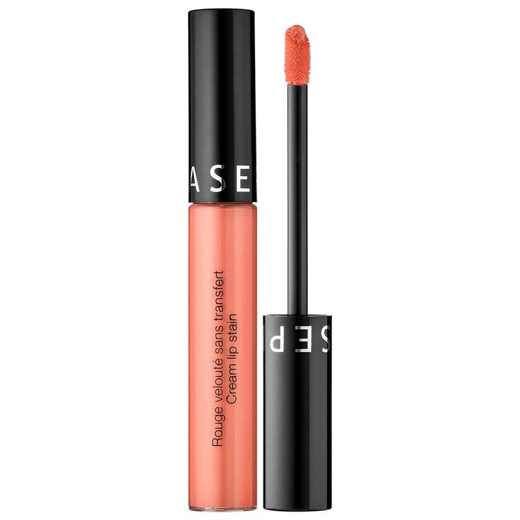 What it is:A lip stain that provides beautiful, long-lasting color. What it does:This high-coverage lip product features avocado oil for a texture that transforms as you wear it: when applied, the initial cream texture becomes a silky, lightweight st