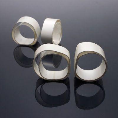 Duidelijk Eriksson: Zilveren ring meth kokhuden koppelingen