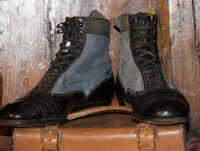 Vintage shoes. Buy original vintage travel items at Museo Nicolis Vintage Store & Bookshop