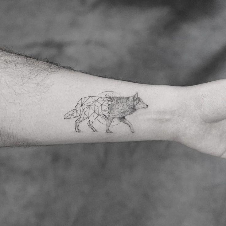 50 Of The Most Beautiful Wolf Tattoo Designs The Internet: Best 25+ Geometric Wolf Tattoo Ideas On Pinterest