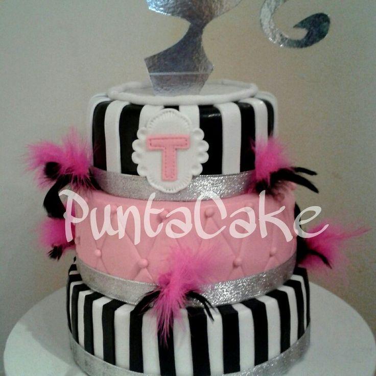 Cake 3 pisos Pink
