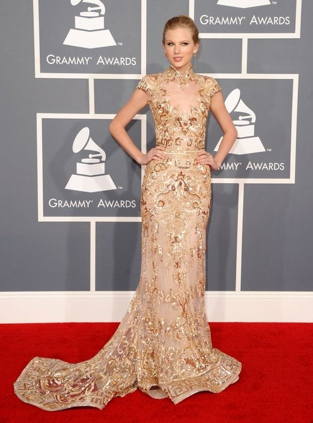 Taylor Swift at the Grammys even though I cant stand her that is a gorgeous dress.