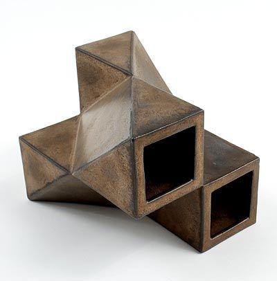 """Botterweg Auctions Amsterdam > Steengoed bronskleurige """"Multipel"""" schakelvaas, ontwerp Jan van der Vaart 1972, uitvoering in eigen atelier 1975"""