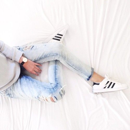 desiresbyme: Sunday chilling #ootd #fromwhereisit... (via Bloglovin.com )