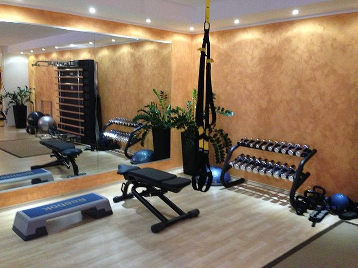 File:Studio IN personal training Lugano.JPG
