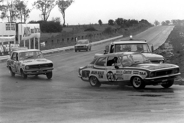 Peter Brock in the 1972 Bathurst 500, which he went on to win.