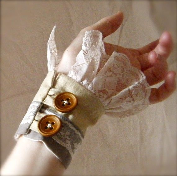 Pretty cuffs -would be nice for a custume addition