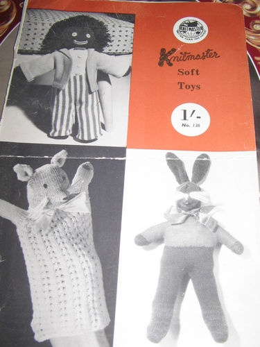 KNITMASTER KNITTING MACHINE PATTERN FOR SOFT TOYS GOLLY, BUNNY LONGEARS