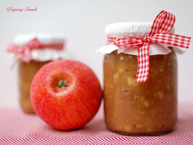 prażone jabłka z cynamonem i rodzynkami