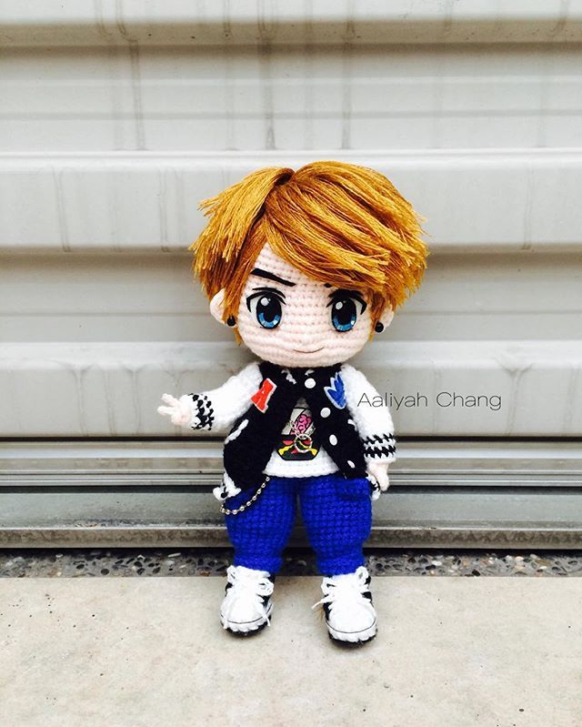嘻哈型男 伍月 #五月 #伍月 #小鮮肉 #pop #hiphop #boy #street #doll #dolls #crochetdoll #amigurumi #craft #handmade #毛線娃娃 #編織 #編みぐるみ #手作り #人形娃娃 #mycreative_world #diy #anime