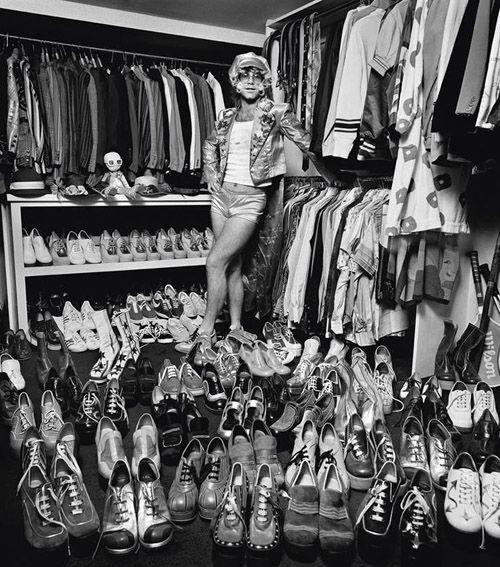 Elton John everybody...