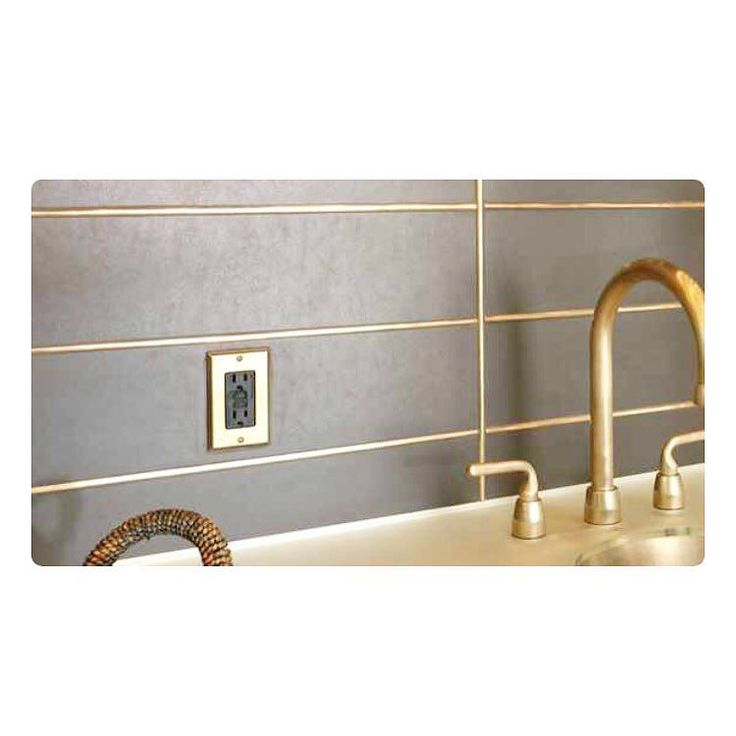 Gold grouting, lurve it! Photo Credit: Pinterest by thelifeofrileyinteriors Bathroom designs.