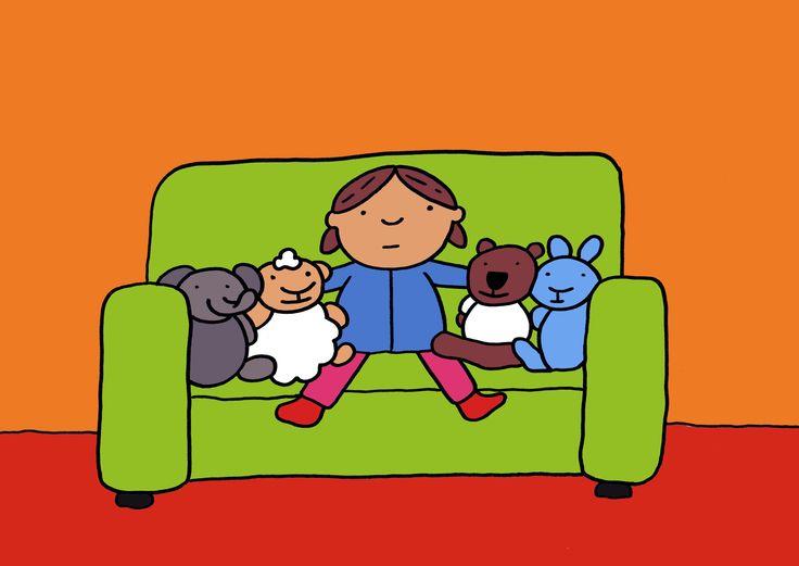"""Verhaal: Jij mag er ook bij - prent 1 """"Marieke heeft haar pyjama aan. Het is bijna tijd om naar bed te gaan. Samen met schaap, beer, konijn en olifant kijkt ze nog even tv."""""""