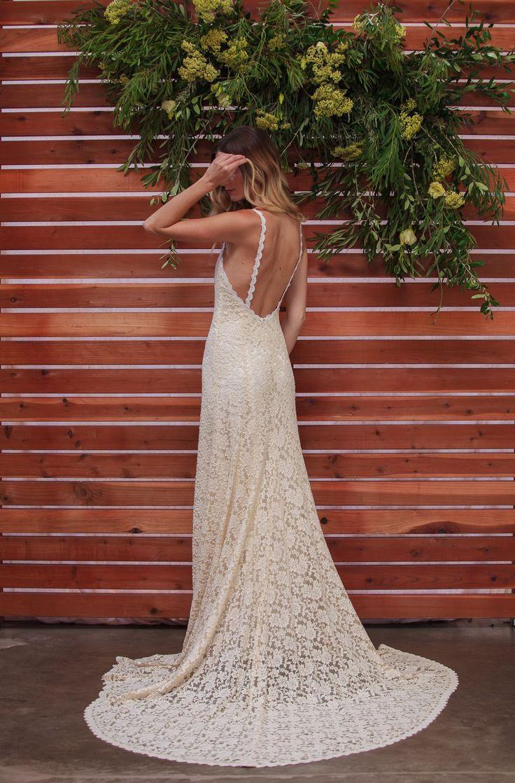 Amber Backless Lace Dress