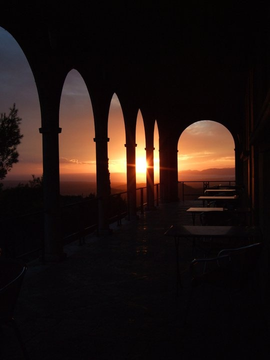 I loved the sunset from the Monastry on Mallorca, where I attended a Mindfullnes course.