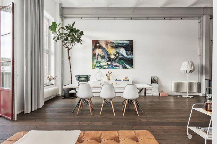 Tento nádherný stockholmský penthouse za téměř 20 milionů korun býval továrnou na zpracování kůže | Living | bydlení | WORN magazine