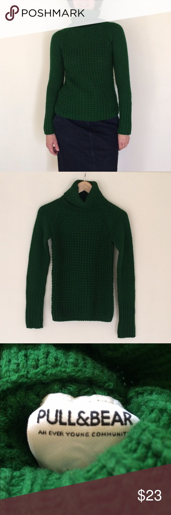 Pull and Bear Green Turtleneck Sweater, XS Pull and Bear emerald green turtleneck sweater in a size XS. Pull and Bear is a Zara company. Excellent condition. Only worn a few times. Pull&Bear Sweaters Cowl & Turtlenecks
