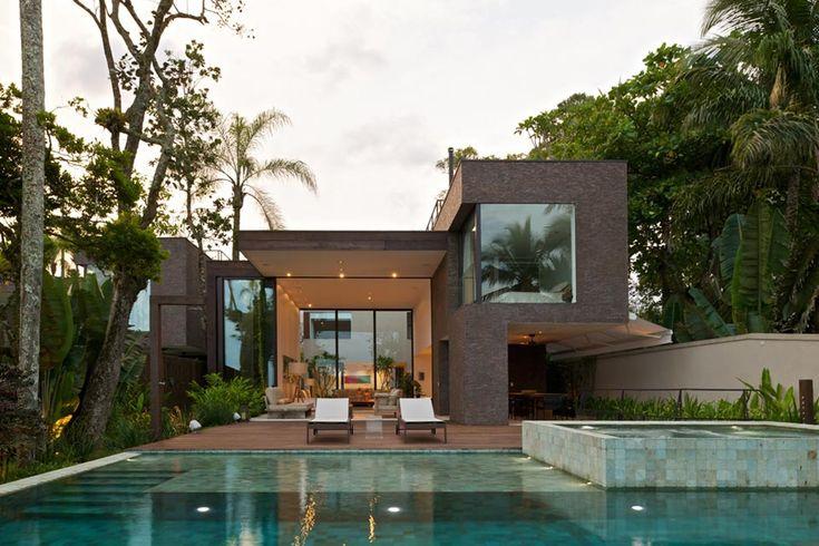 Arthur Casas Architecture