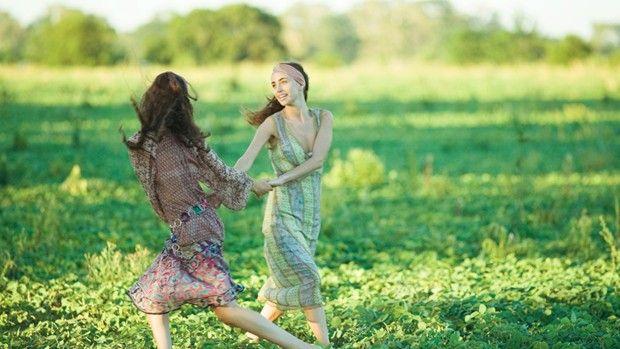 Damer som danser