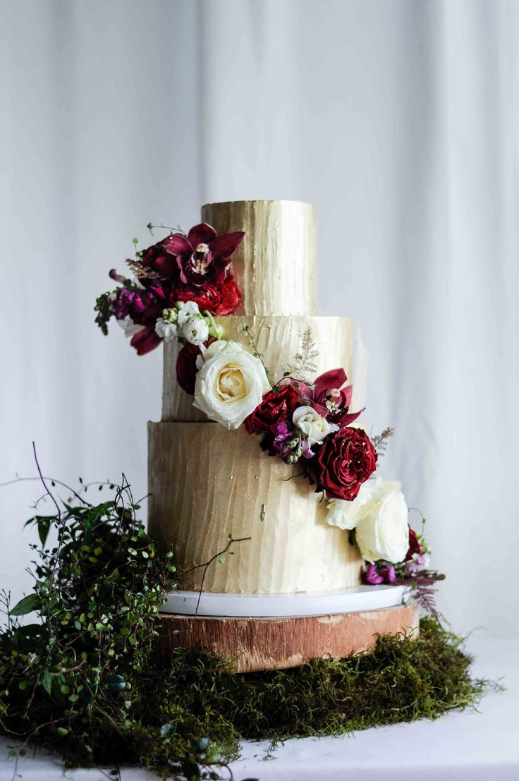 Fairy Forest Wedding Cake by LionHeart