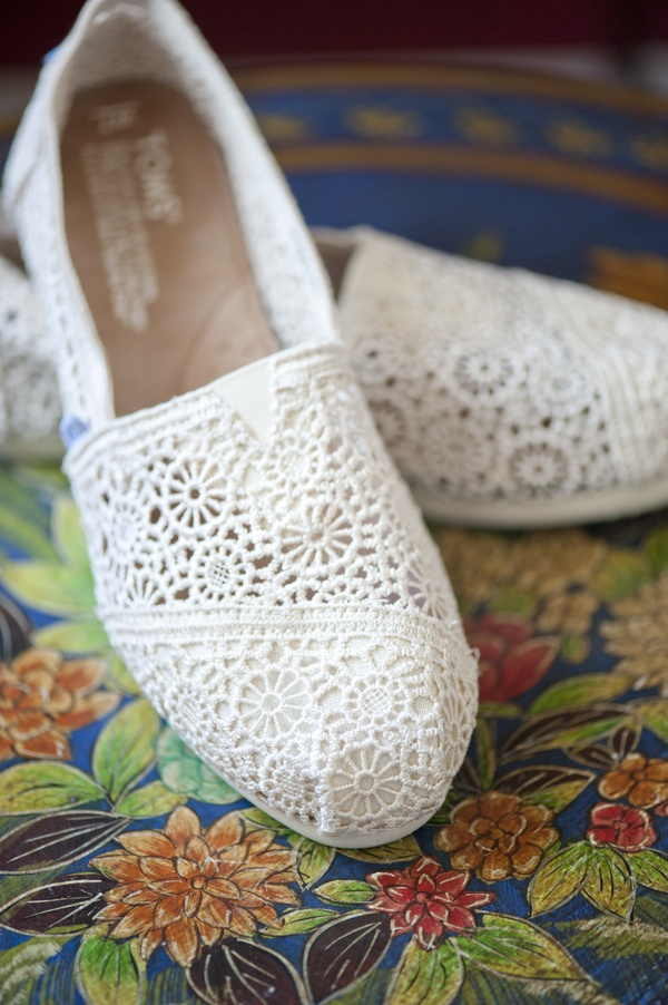Have you seen lace TOMS before?!?  These are so sweet!