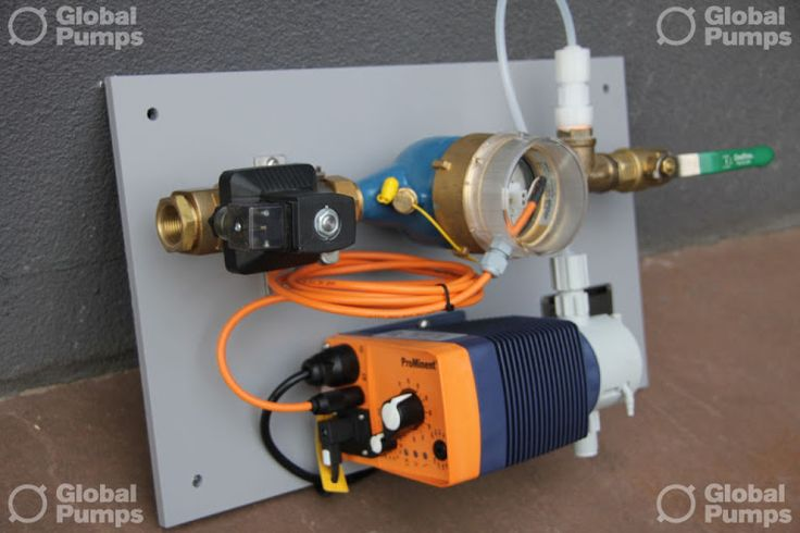 watermeter, magneetventiel, kogelkraan en doseerpomp