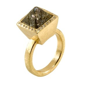 Todd Reed | 18ct gold ring set with a 7.6ct raw diamond octahedron central stone and white brilliant cut diamonds | Max's