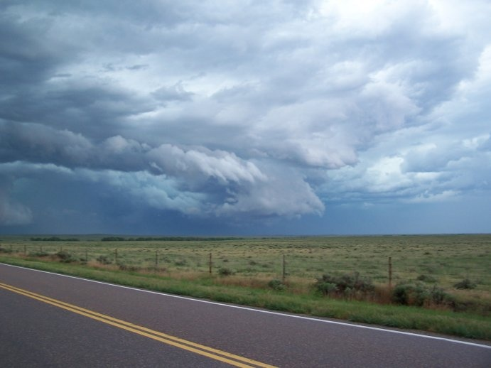 5/24/05  Yet another wall cloud south of Yuma, CO