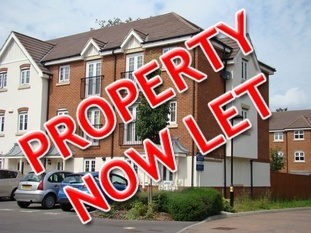 Three bedroom town house, Shinfield Park, Reading.  Let within 1 day of advertising!