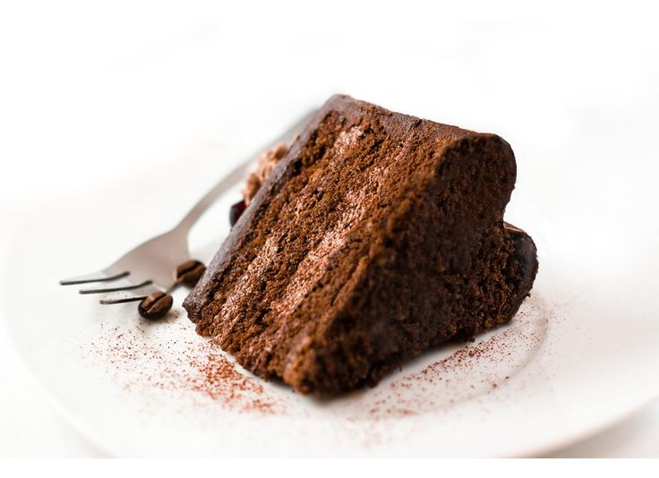 "Forma de tort ""I Heart Cake"" Mindblower Dragostea se vede in gesturi frumoase si delicioase. Ofera-i un cadou inimos."