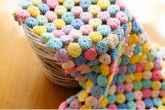 """Lindas flores yo-yo para tejer! LaFlor """"yo-yo"""" tejida al crochet es un motivo muy bonito para tejer,ya sea para usar enmantas y prendas decorativas, como también para usar en forma individual"""
