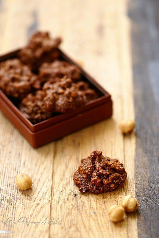 Un dejeuner de soleil: Biscuits croustillants aux noisettes et cacao (san...