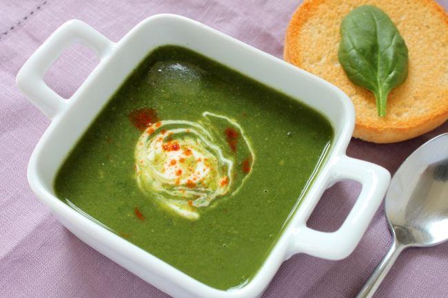 Суп-пюре из шпината с авокадо