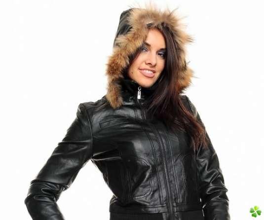 Manteau simili cuir femme avec capuche