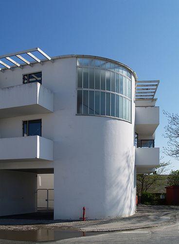 "Housing ""Bellavista"" in Klampenborg, Denmark by Danish architect Arne Jacobsen, 1931-1934"