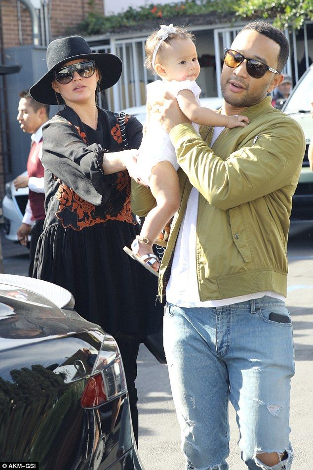 Chrissy Teigen and John Legend lavish affection on daughter Luna #dailymail
