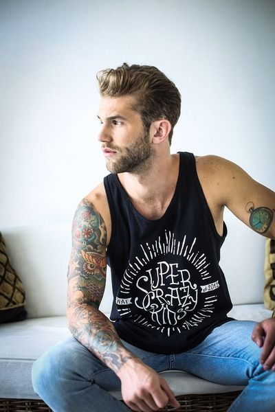 137 best images about tatouages homme on pinterest lyon paris and sailor tattoos. Black Bedroom Furniture Sets. Home Design Ideas