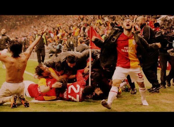 A last minute score / Galatasaray - Beşiktaş 3-2 / 26 FEB 2012