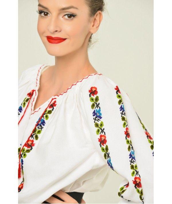 Ie Traditionala Romaneasca Maneca Lunga Motivul Trandafiri Colorati