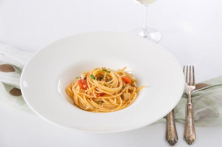 Ricetta Spaghetti Aglio Olio Peperoncino Pomodorini e Mollica di Pane