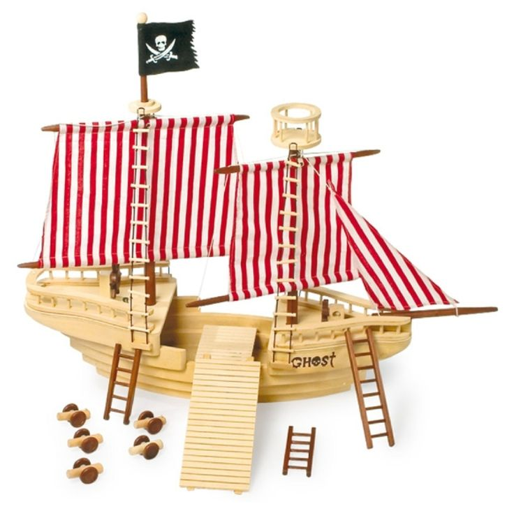 picture of a wooden pirate ship | Le Grande Wooden Pirate Ship