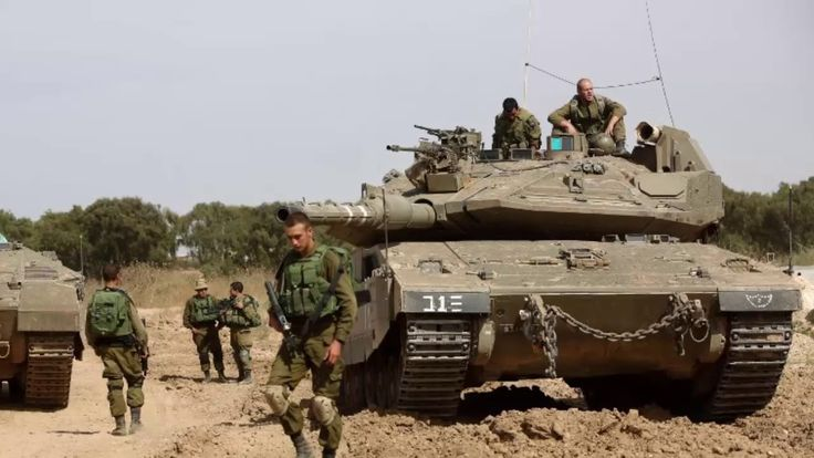Israeli jets and tanks strike Gaza after bomb injures soldiers