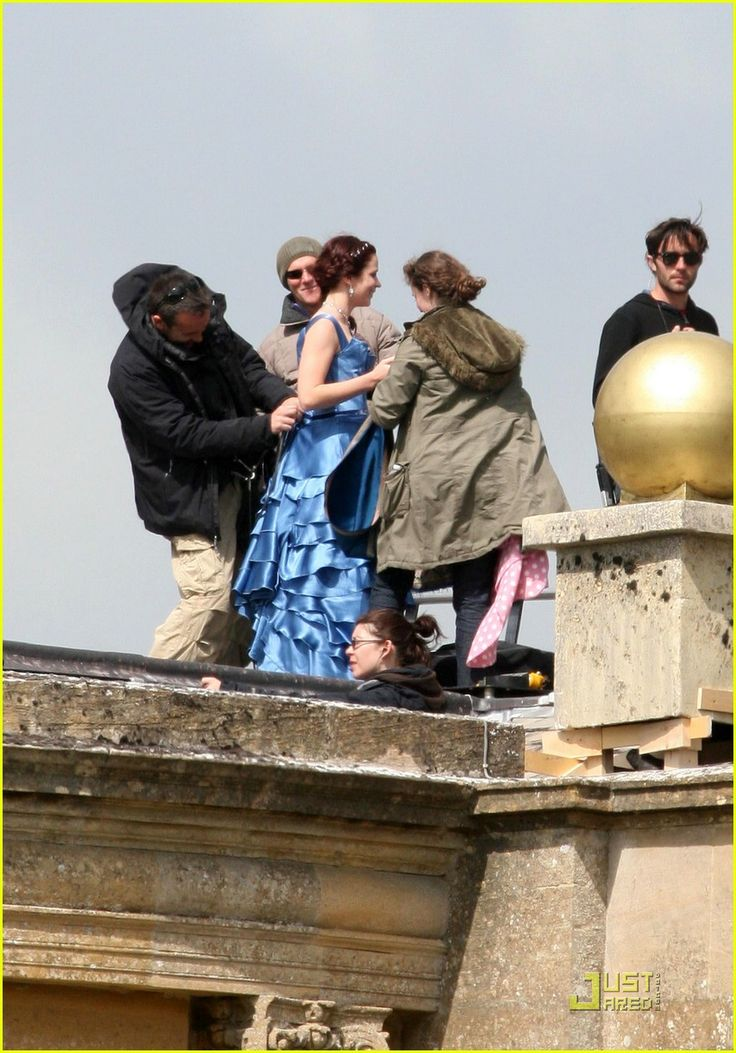 Emily Blunt Treks Through Gulliver's Travels