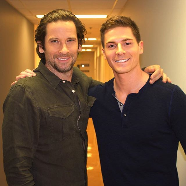 Ahh found one...Ran into this costar in the hallway! Hey Roger Howarth what's up?! @robertpalmerwatkins  Photo cred  @laurasanzo @generalhospitalabc