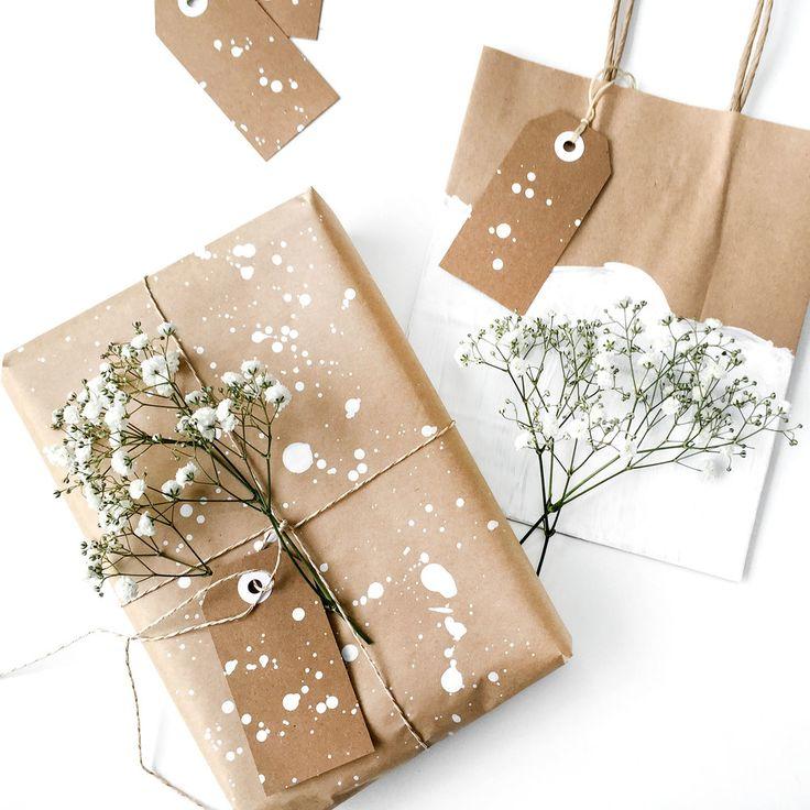5 Winter Gift Wrap Ideas + Free Printable Gift Tags
