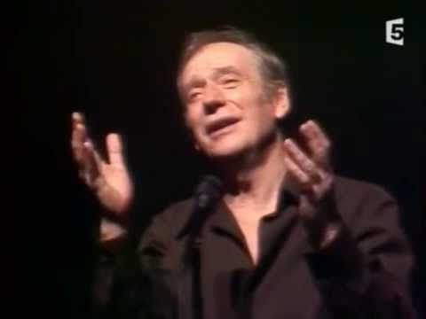 """Yves Montand chante """" Le jardin"""", court poème de Prévert, suivi de la chanson """"A Paris"""" de Francis Lemarque (paroles et musique,1954)"""