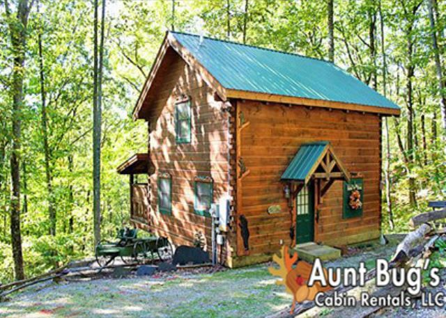 Smoky Mountain Memories - 107 | 1 Bedroom Cabins | Pigeon Forge Cabins | Gatlinburg Cabins