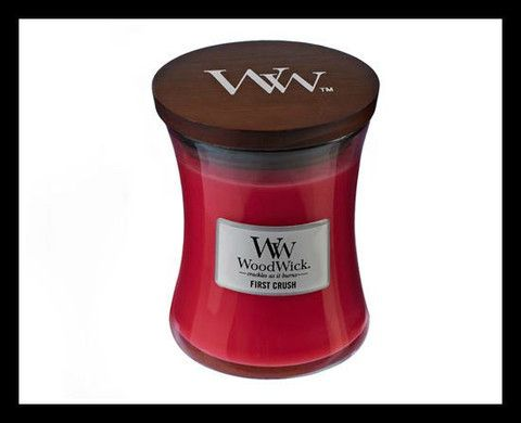 Woodwick Candle - First Crush
