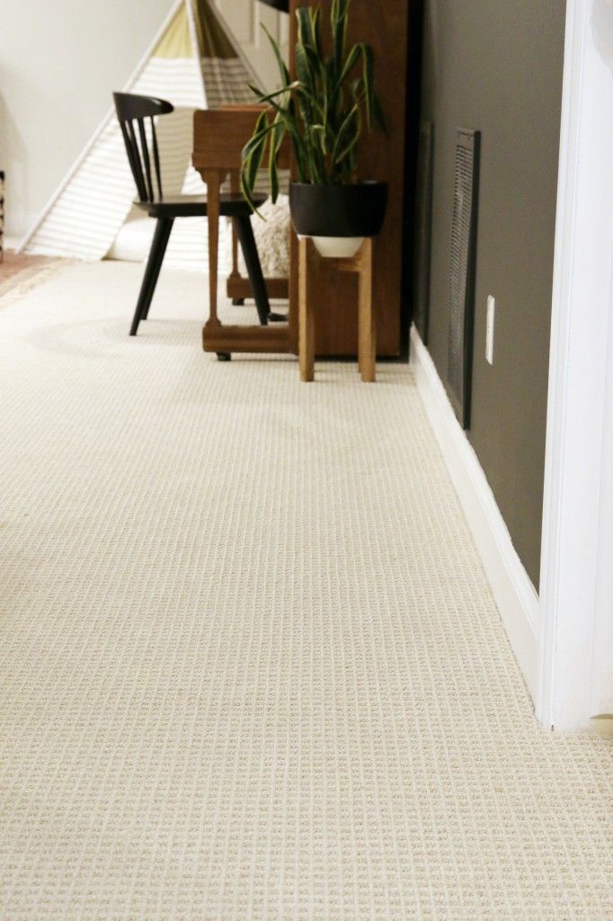 Tips for choosing wall-to-wall carpet in a modern setting from Chris Loves Julia.