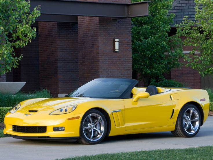 CHEVROLET Corvette Convertible Grand Sport specs & photos